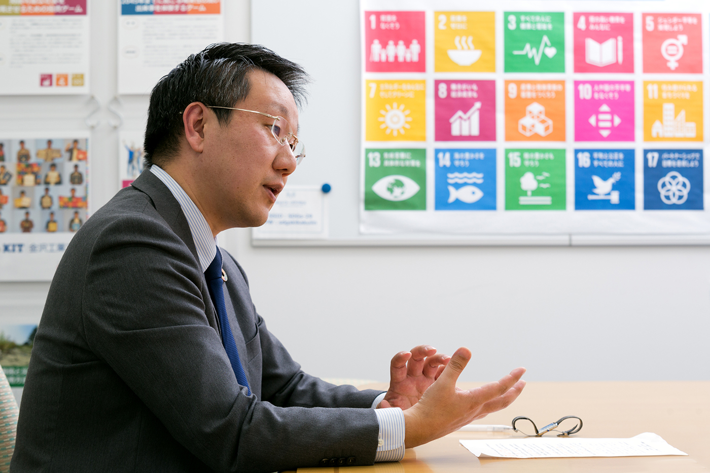 Find tips for SDG initiatives in Japanese companies' businesses to solve societal issues