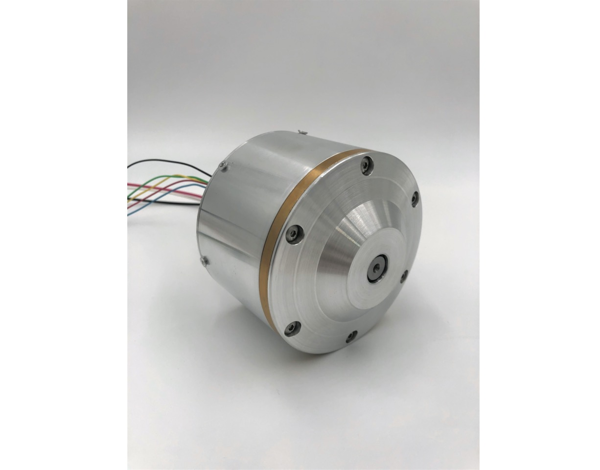 Compact and Highly Efficient All-in-one Motor that Facilitates Manpower-saving and Manpower Flexibility in Various Industries