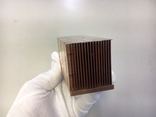 "Copper heat sink that combines ""high heat dissipation"" and ""lightness"""